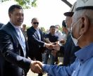 Президент Кыргызстана заложил капсулу под новую школу в Лейлекском районе