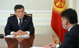 Сооронбай Жээнбеков принял секретаря Совета Безопасности