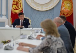 Президент Кыргызстана встретился с руководителем российской медицинской группы