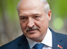 Александр Лукашенко обсудил с силовиками ситуацию на западной границе