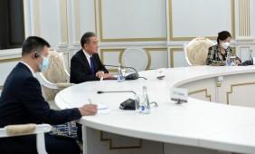 Президент Кыргызстана встретился с главой МИД Китая