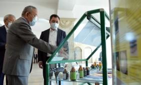 Садыр Жапаров посетил Национальную Академию Наук