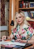 """Глава """"Женщин Евразии"""" Наринэ Чарчян поздравила с Новым годом"""