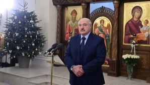 Александр Лукашенко посетил храм Воздвижения Креста Господня
