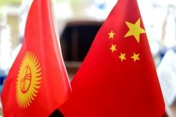 Президент Кыргызстана провел телефонный разговор с китайским коллегой