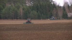Весенний сев в Белоруссии набирает обороты